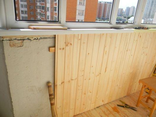 isoler un toit de garage en pente artisan pour travaux vienne entreprise whoexi. Black Bedroom Furniture Sets. Home Design Ideas